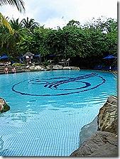 resortpool2